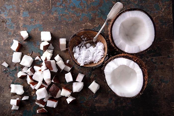 beneficios del coco rallado