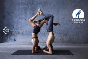 beneficios yoga pareja