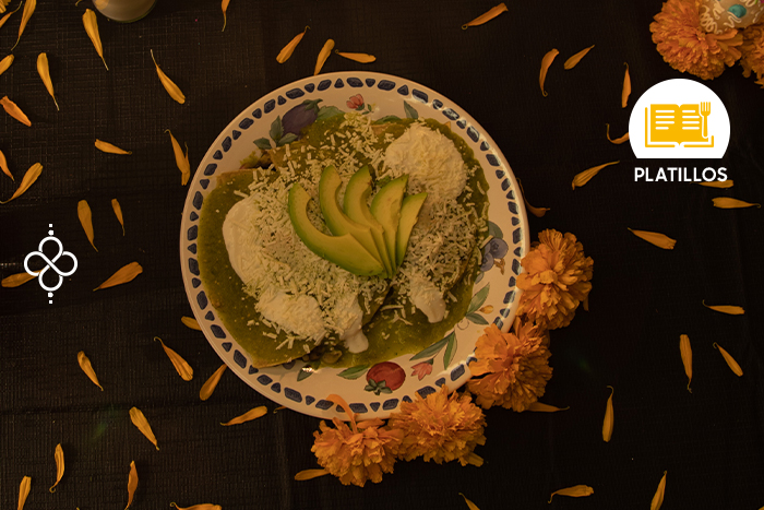 Día de Muertos: Enchiladas verdes de hongos