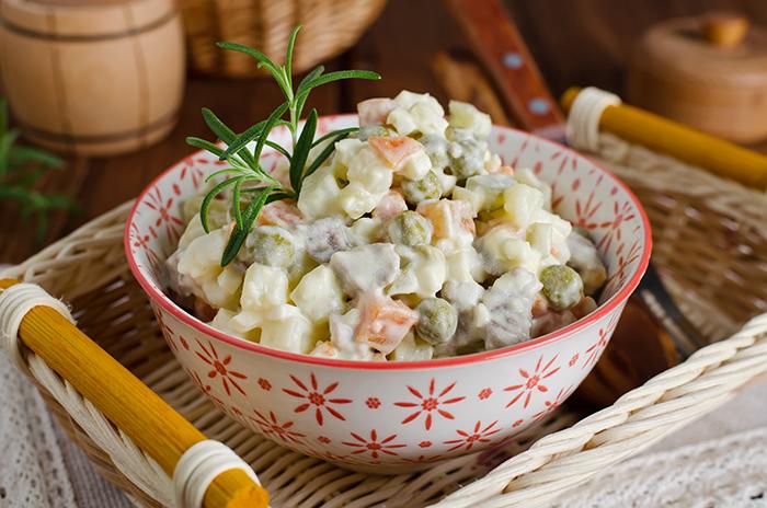 receta de ensalada rusa con pollo