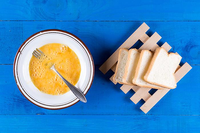 pan frances con huevo