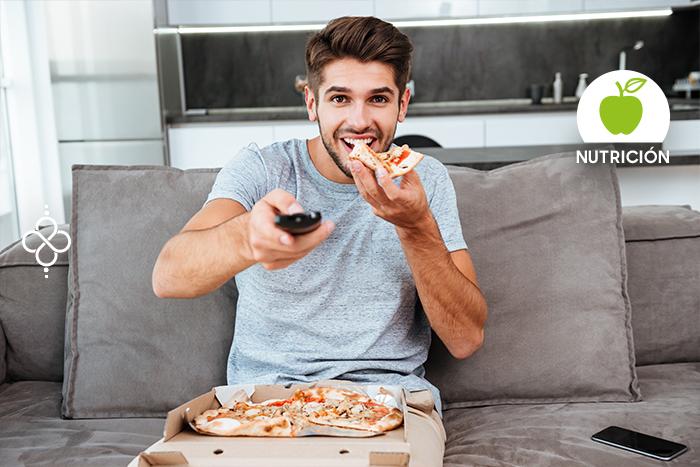 3 hábitos alimenticios que te hacen subir de peso