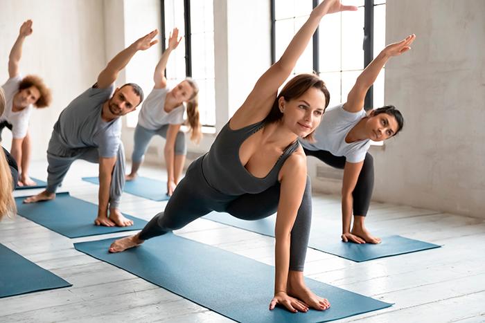 que es power yoga
